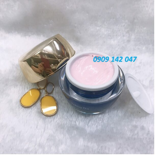 kem trị mụn thâm trắng da Q collagen sữa ong chúa